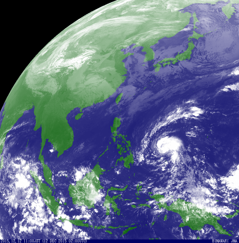 15.12.12.台風27号気象衛星図